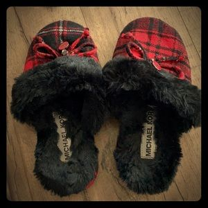 MK bedroom slippers 🥿